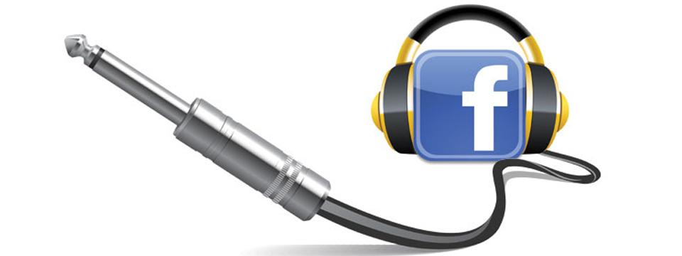 Facebook è un amico e ti ascolta, sempre. S-E-M-P-R-E.